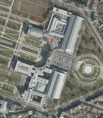 Vue aérienne du musée avec localisation des galeries courbes Nord
