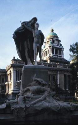 Le monument commémoratif par Ch. Samuel